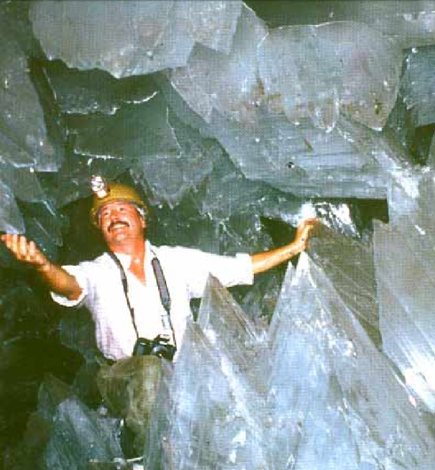 cave_of_crystals_2_small.jpg